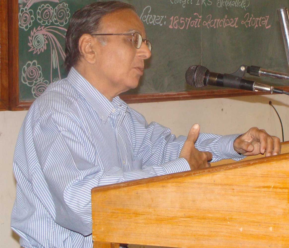 Well known Gujarati litterateur Bakul Bakshi dies of heart attack
